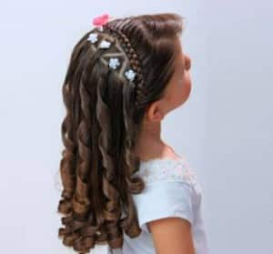 12-Hairstyles-beautiful-and-elegant-for-girl-2-300x279