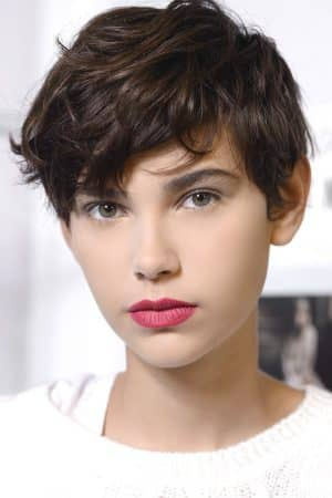 2020 short curly haircuts for women