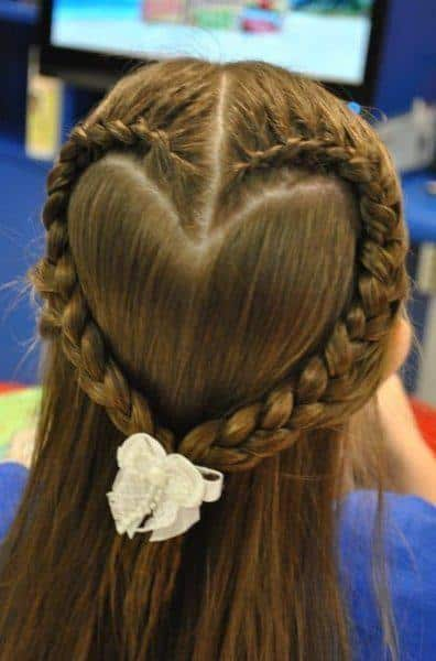 9-Hairstyles-for-girl-with-braid-heart-12