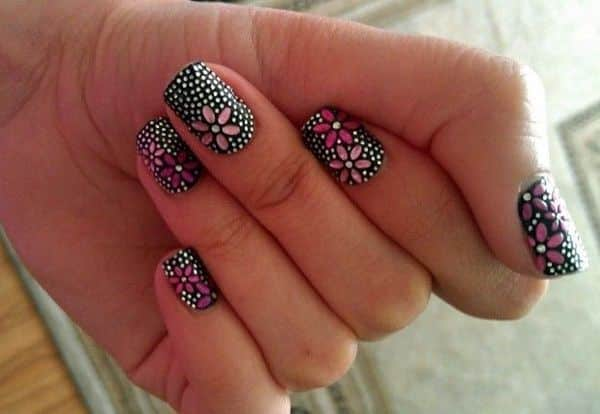 nail designs with 3D flowers