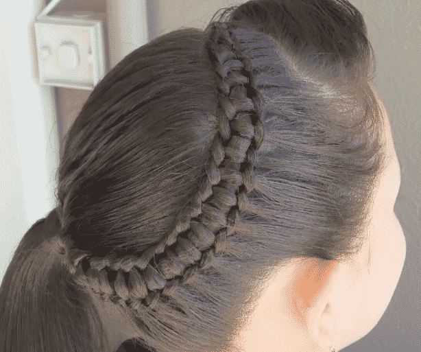 HAIRSTYLES WITH GIRLS 'BRAINS