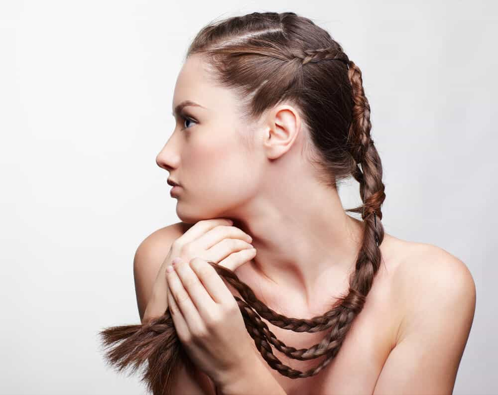 Como arreglarse el pelo largo en casa