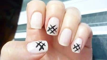 Uñas-corta-blanca-y-negro
