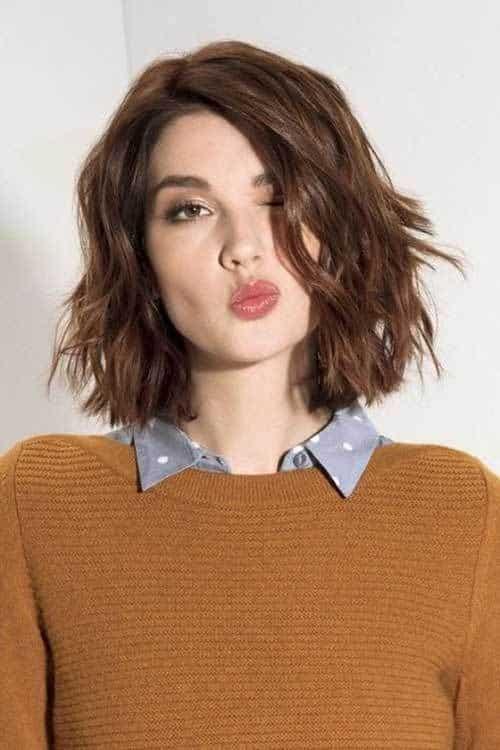 cabello ondulado pelo corto