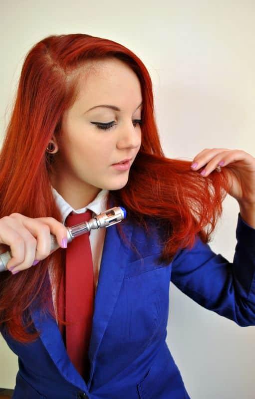 cabello rojo cereza fotos