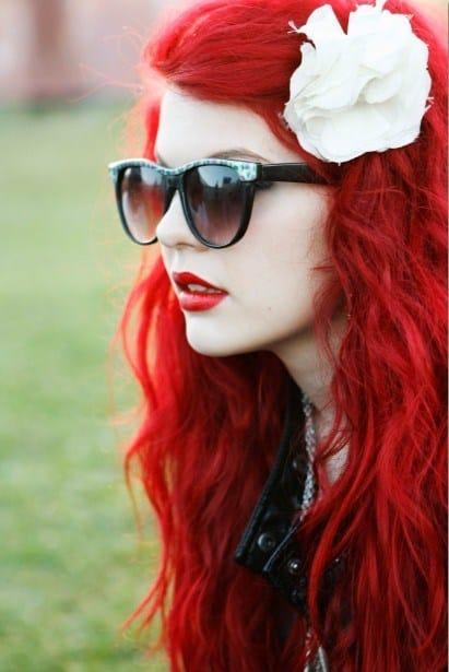 cabello rojo con aplique