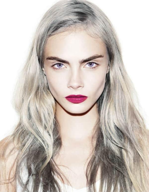Tenir pelo de color blanco