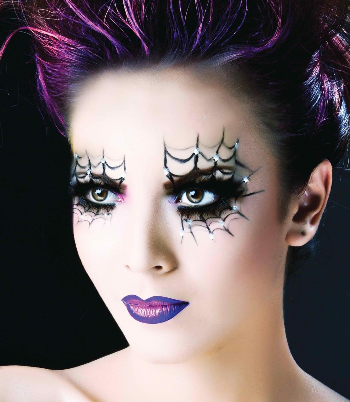37 ideas de maquillaje para halloween para mujeres paso a paso for Como pintarse de bruja guapa