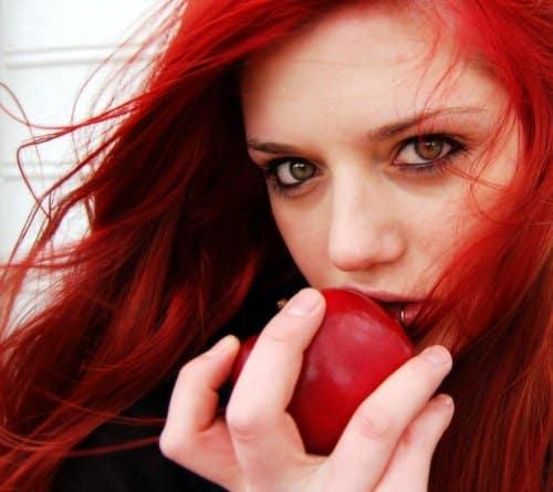 peinados cabellos rojos cereza