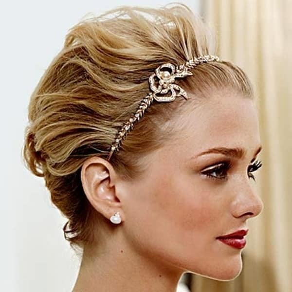 hairstyles-short-hair-with-headband-2