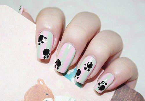 uñas pintadas con huellas de animales