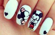 fotos uñas pintadas de amor