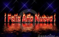 la-feliz-año-nuevo-pone-letras-al-agua-de-inundación-del-fuego-7446968