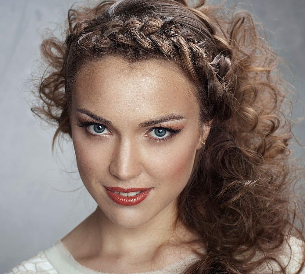 peinados con trenzas rpidos y fciles para tu pelo largo mujeres femeninas