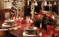 8413_mesa-de-navidad-con-llamativos-candelabros