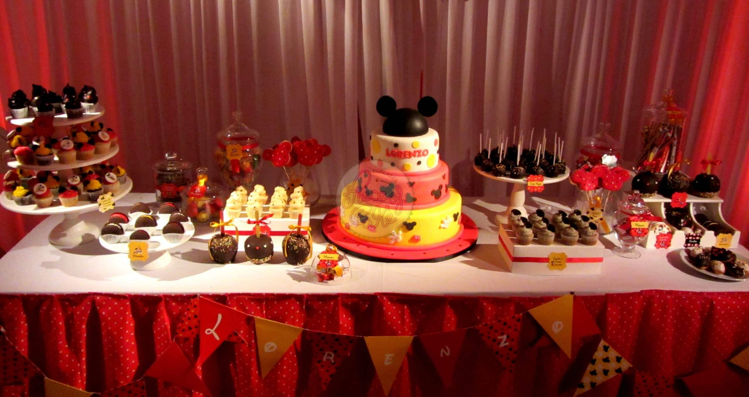 26 ideas muy faciles para armar tu mesa dulce de mickey for Decoracion de fiestas