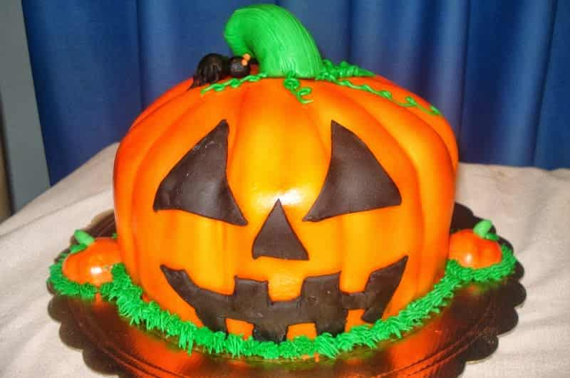 33 tortas de halloween que te daran miedo sus recetas - Calabazas de halloween de miedo ...