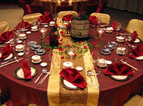 32 ideas de mesas navide as para decorar en navidad - Decoracion de navidad para la mesa ...