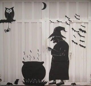 31 ideas para decorar tu casa de halloween mujeres femeninas for Decoracion para puertas halloween
