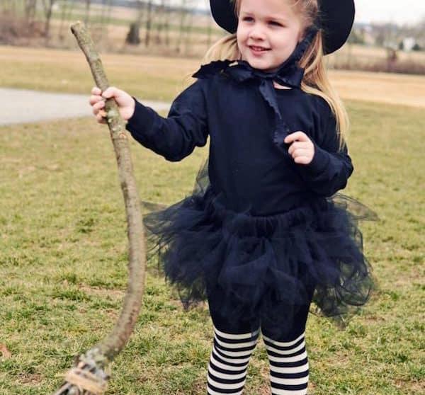 Disfraces faciles con vestido negro