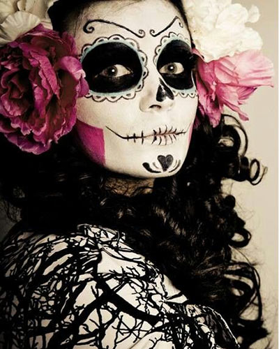21 ideas de maquillaje de catrina con disfraz y peinados 2018. Black Bedroom Furniture Sets. Home Design Ideas