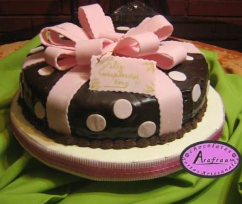 Las 20 Tortas Y Pasteles De Cumpleanos Para Mujeres Femeninas Y