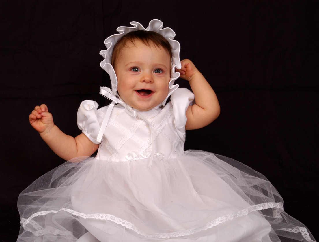 0438435350 10 Vestidos de Bautizo para Niñas que te ENCANTARÁN - Mujeres Femeninas