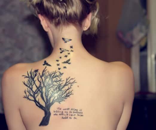 Tatuajes Femeninos En La Espalda Mujeres Femeninas - Tatuaje-para-mujeres-en-la-espalda