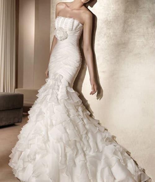 lindos vestidos de novia ajustados al cuerpo para casarte en el 2019