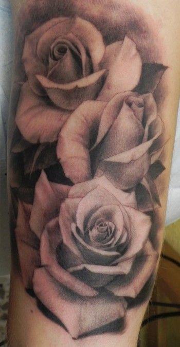Tatuajes de Rosas Negras Grandes