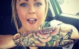 Tatuajes de Rosas para Mujeres Femeninas