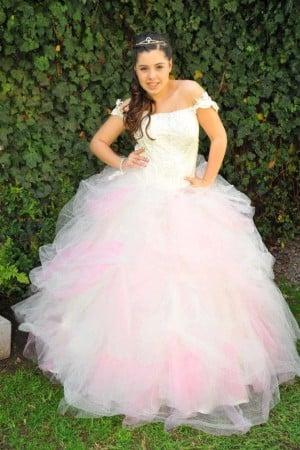 vestidos-de-fiesta-novia-y-15-anos
