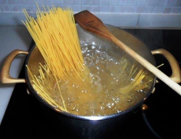 Espaguetis en olla